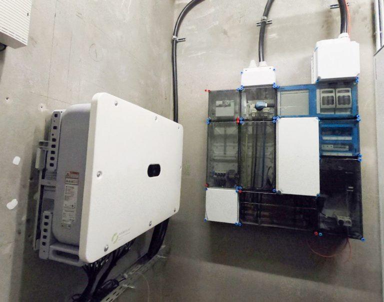 Johanniter Photovoltaik Wechselrichter