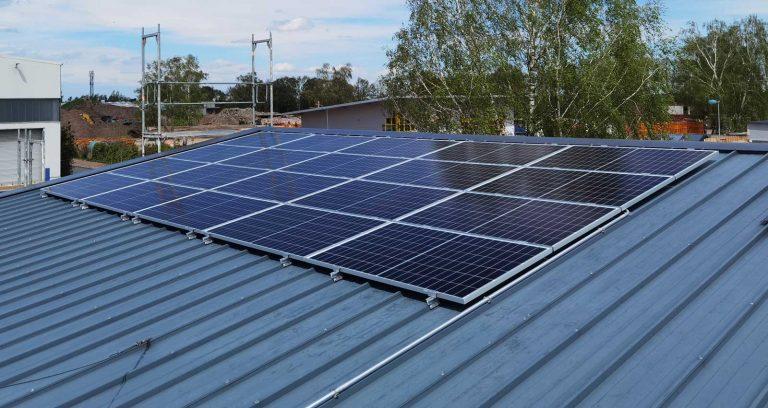 Tischlerei Wöhltjen mit einer 24,84 kWp Solaranlage